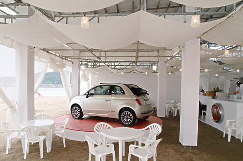 Fiat_caff_yuigahama_beach